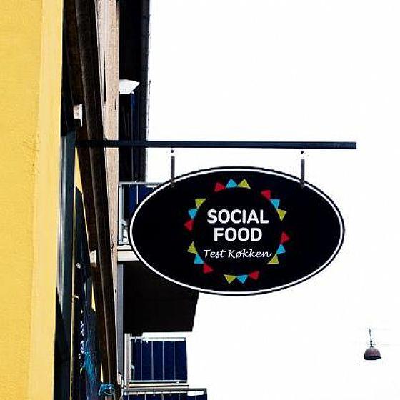 Il primo franchising sociale cioccolato caff e biscotti for Chambre sociale 13 mars 2013