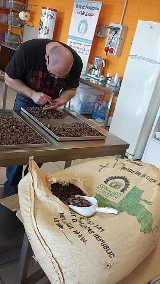 "While yesterday we started a ""bean to bar"" course for an individual participant ..."